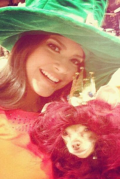 """""""Con mi Leoncita @HoneyBerryTv"""", compartió Ana. (Mayo 8, 2014)"""
