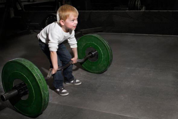 Reconoce tus límites: Un niño persevera y trata incansable...