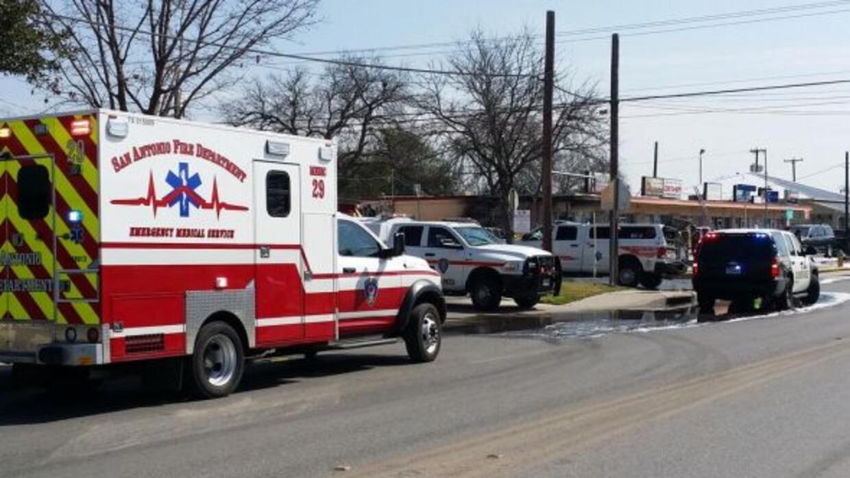 Un tubo de gas roto causó que una SUV quedara envuelta en llamas, y daño...