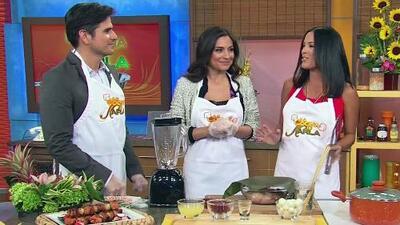 Receta de Pinchos de pollo con achiote en La Cocina de Karla, con Daniel...