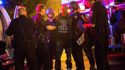 Violan toque de queda en Baltimore con protestas