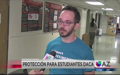 Un equipo de defensa contra las deportaciones de beneficiados con DACA
