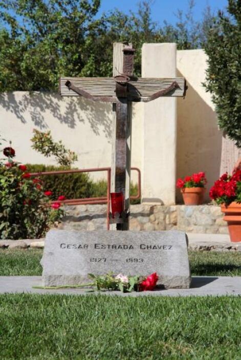 Chávez, quien murió en 1993, está enterrado en los terrenos de La Paz.
