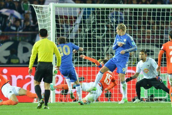 Y es que al comienzo de la segunda parte cayeron dos goles a menos de do...