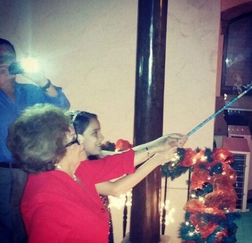 """""""Las encargadas de los """"juegos pirotécnicos"""": Mamaita y @henainteriano03..."""