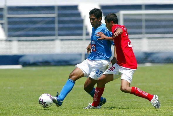 Jugadores como el mediocampista José María Ramírez,...