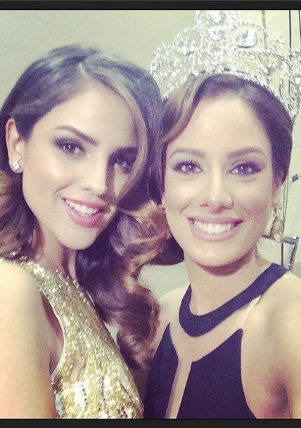 """""""Junto a la hermosa @eizagonzalez en el backstage de los #latingrammy #l..."""