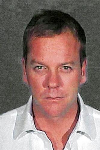 El 5 de diciembre del 2007, Kiefer Sutherland se entregó tras manejar po...