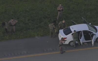 Policía arresta a conductor y a tres pasajeros tras persecución que term...