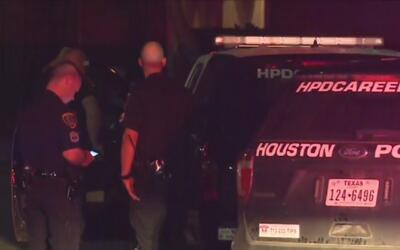 Dos jóvenes mueren tras dispararse accidentalmente en el sureste de Houston