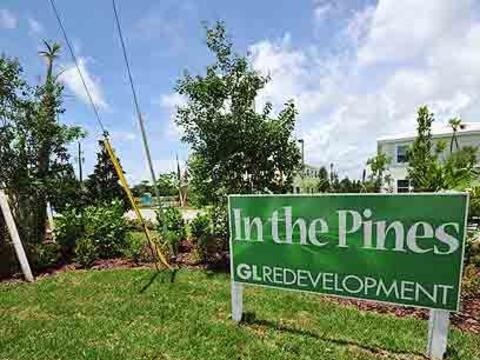 In The Pines¿Es posible ofrecer a familias campesinas viviendas a...
