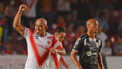 Egidio Arévalo festeja su gol ante Monterrey.
