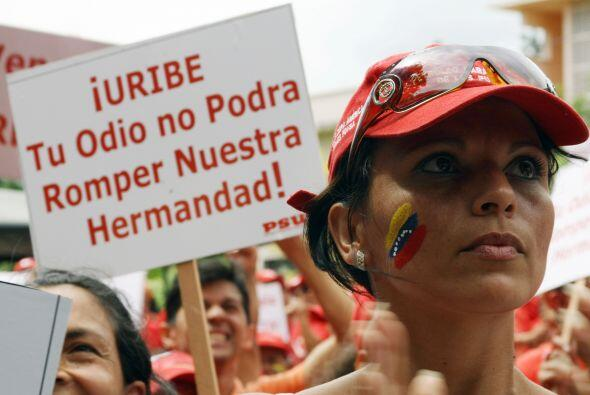 """Chávez afirmó que su homólogo colombiano era """"capaz de todo""""."""
