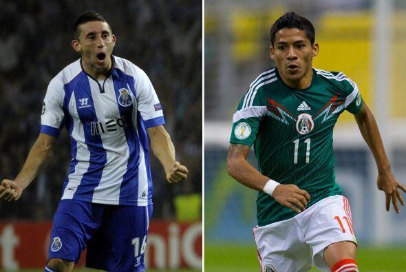 Por el costado derecho Héctor Miguel Herrera seguro se quedar&aac...