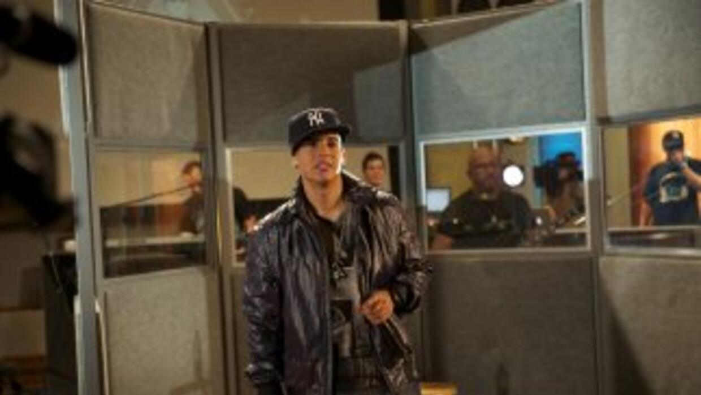 Daddy Yankee confesó que está en el estudio de grabación trabajando en s...