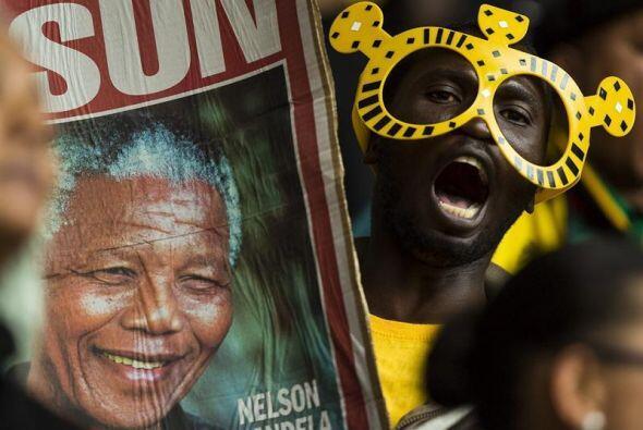 Por momentos, la ceremonia en honor a Nelson Mandela hizo recordar a los...