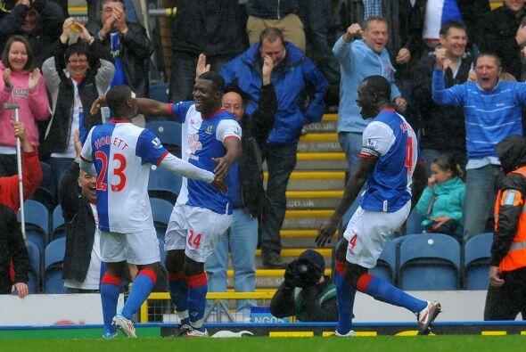 Pero los errores defensivos se repitieron y Blackburn logró el empate.