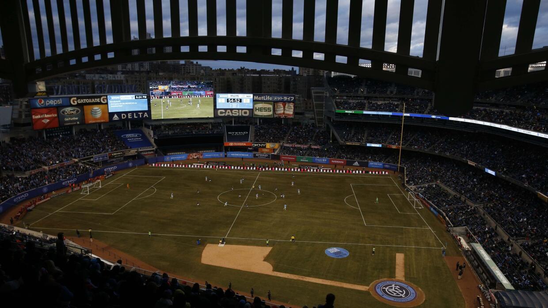 Más de 40 mil personas vieron al NYCFC en su juego inaugural en el Bronx.