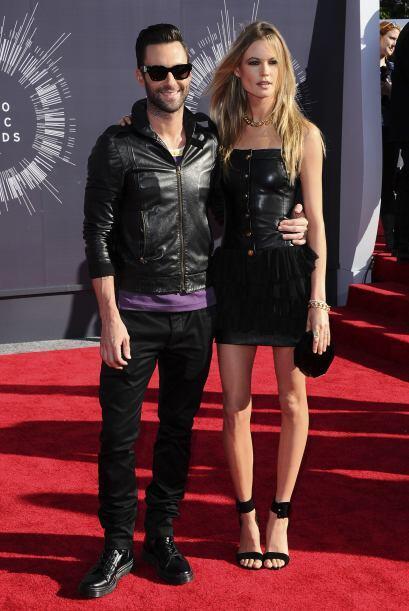 AL RITMO DEL AMORAdam Levine, el vocalista de Maroon 5 se casó co...