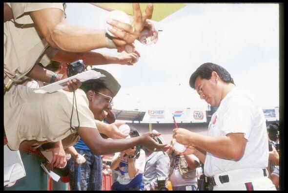 Sin importar la franela que vistiera, Fernando Valenzuela era un im&aacu...