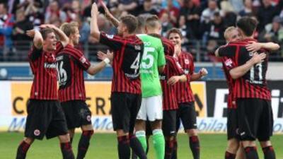 Eintracht de Fráncfort venció de visita alEintracht Braunschweig por un...