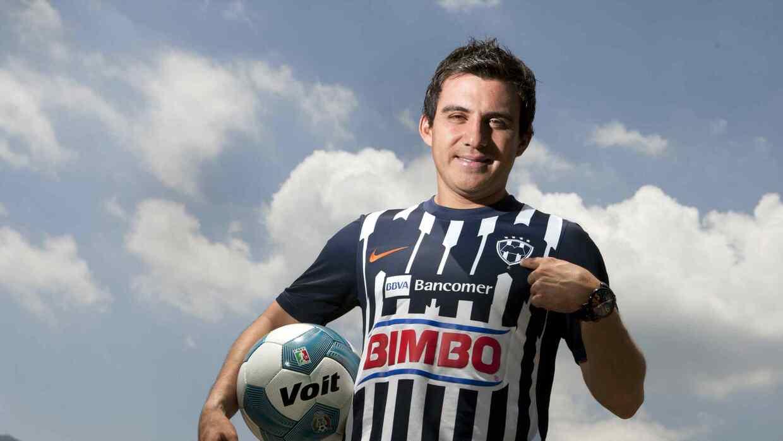 Luis Pérez tendrá revancha en Rayados.