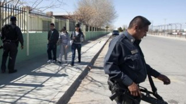 Los policías de una localidad de Sinaloa han recibido por parte de su je...