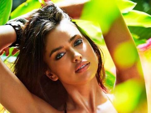 Irina Shayk sigue disfrutando de su romance con Agua Bendita, y como pod...