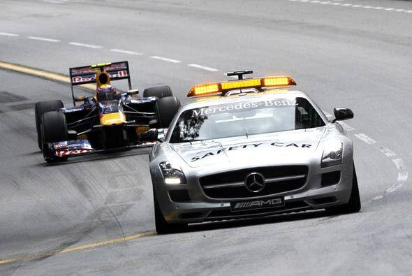 El auto de seguridad de la Fórmula 1 tuvo una jornada activa por...