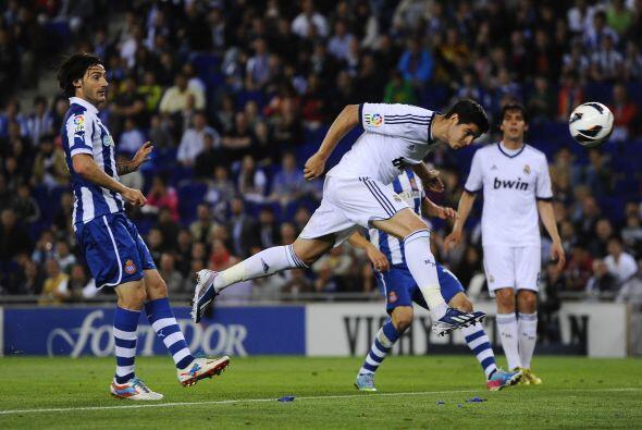 El Real Madrid comenzó presionando a pesar de las ausencias.