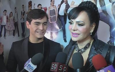 Maribel Guardia y Julián Figueroa por fin compartieron el escenario en '...