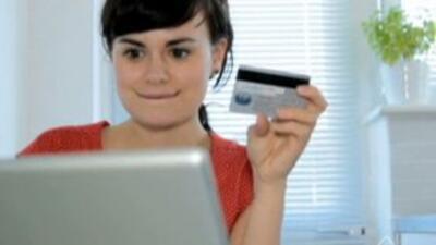 El 55% aprovecha la tecnología para hacer gestiones bancarias y procesar...