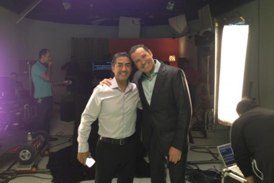 Alan Tacher voló de Miami a Monterrey para trabajar al lado de su gran a...