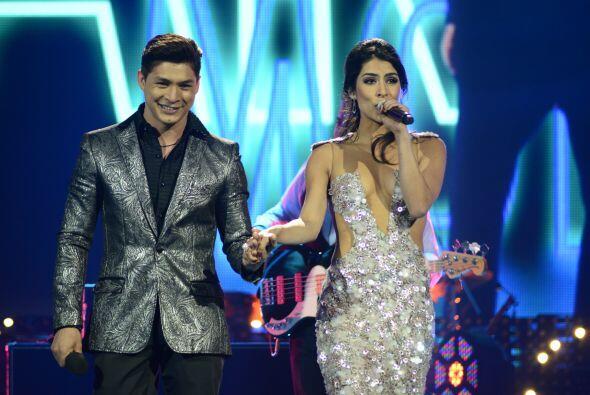 El cubano cantó con el grupo Playa Limbo.