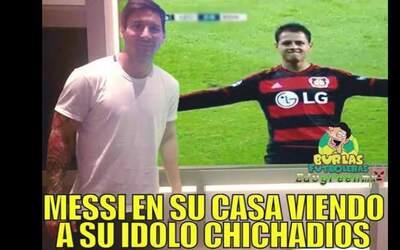 Memes elogian a 'Chicharito' por triplete