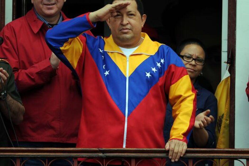 Pese a que el polémico Hugo Chávez falleción en marzo, la encuestadora M...