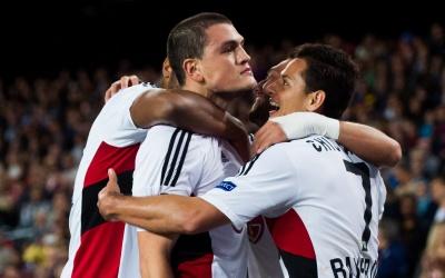 'Chicharito, clave en empate de Leverkusen