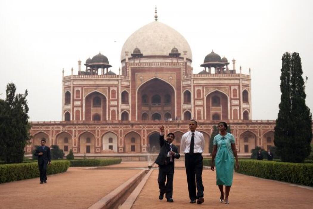 El presidente Barack Obama y su esposa, Michelle, están de gira por cuat...