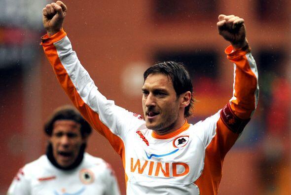 Después llegó el turno de Francesco Totti.