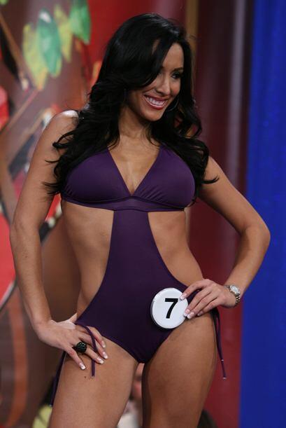 Jeinny Lizarazo trajo su cuerpazo directamente desde Venezuela...