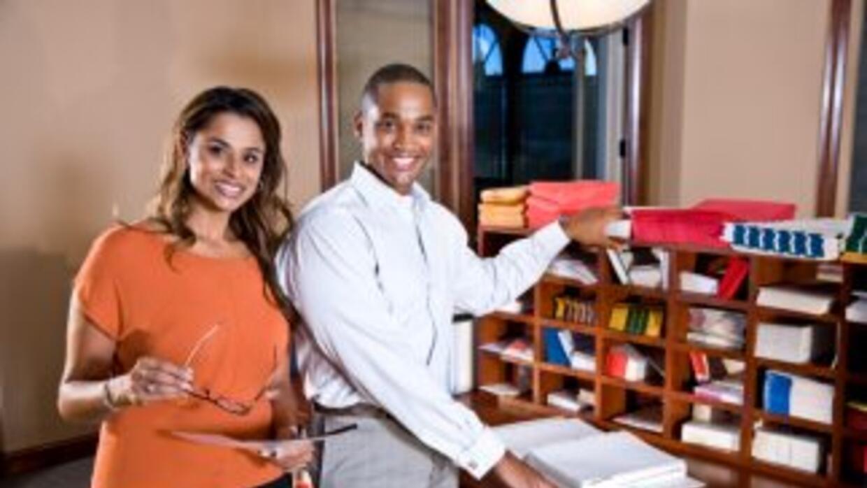 Dos oficinas postales en Houston brindarán servicio extendido al público...