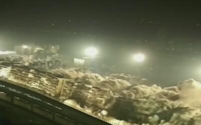 Como fichas de dominó, 19 edificios se desploman uno tras otro en China
