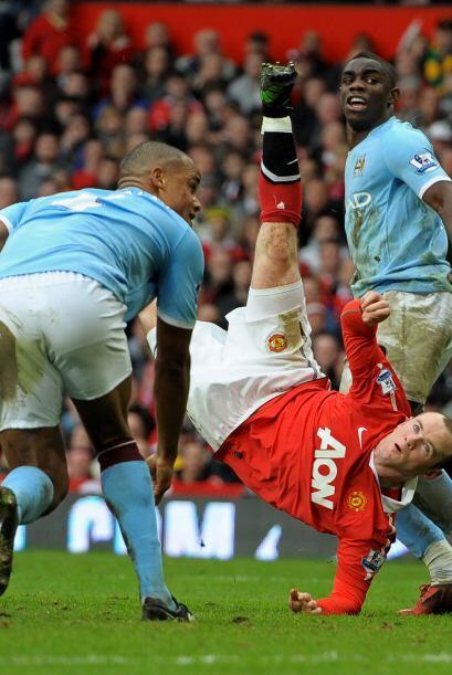 Una vez más, la excelente definición de Rooney. Sinceramente impresionan...