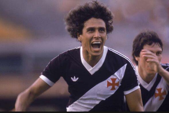 Roberto 'Dinamita' es el máximo goleador de la Serie A de Brasil,...