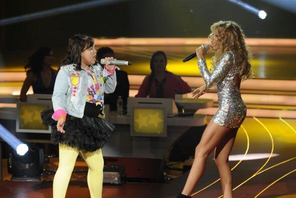 """Las dos cantaron la canción llamada """"Ni Loca"""", que es otro de los éxitos..."""