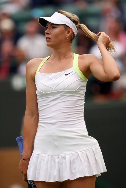 Y la rusa no pudo seguri su camino en Wimbledon al caer ante Lisicki por...