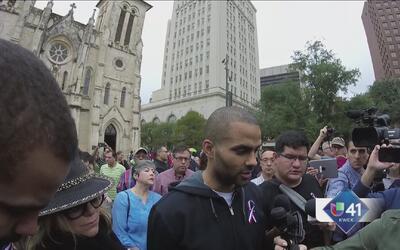 Comunidad expresa su solidaridad tras ataques en Paris