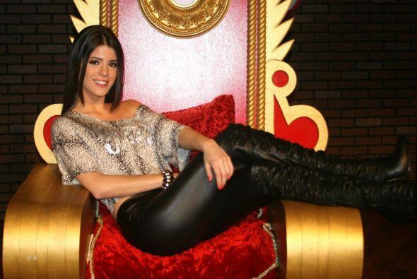 Mi Amor se ha ganado un trono de reina pues simpre cumple las fantas&iac...