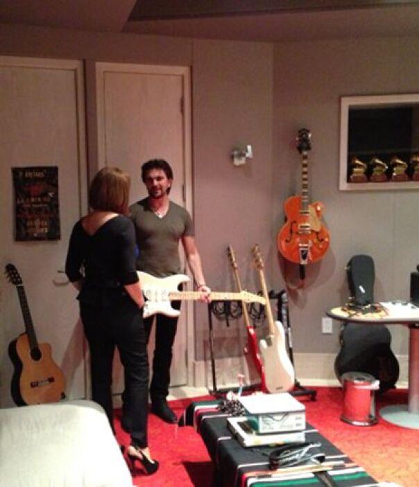 Juanes es amante de las guitarras y nos mostró cuáles son sus favoritas.