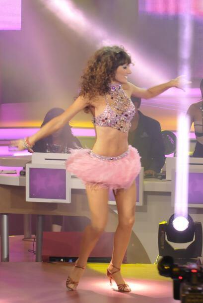 Ver a Raquel bailando fue un gran deleite para todos pues sus ejecucione...